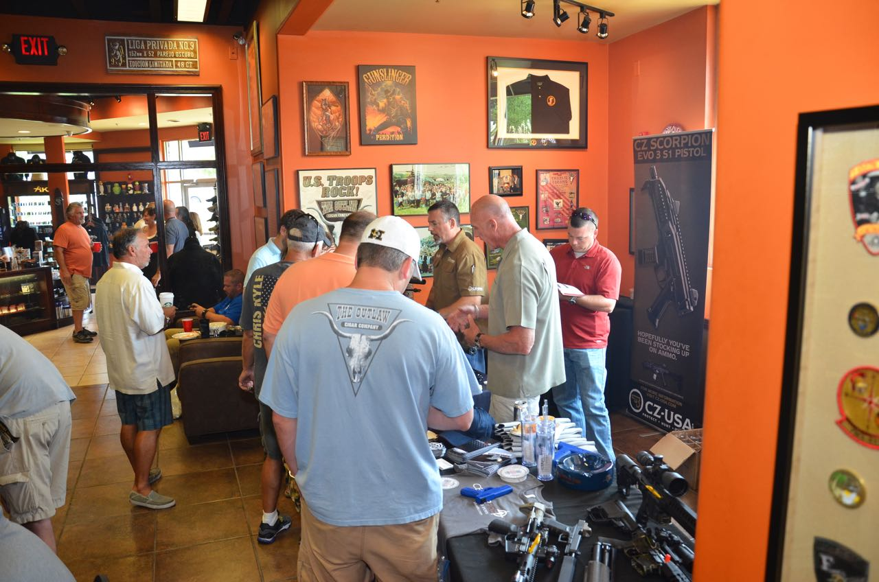 Outlaw Padron Event August 2015 - 22434 - Copy
